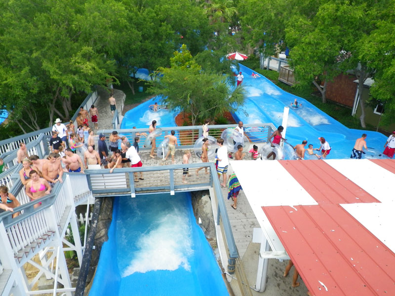 Big Kahunas Water Park Details And Pictures